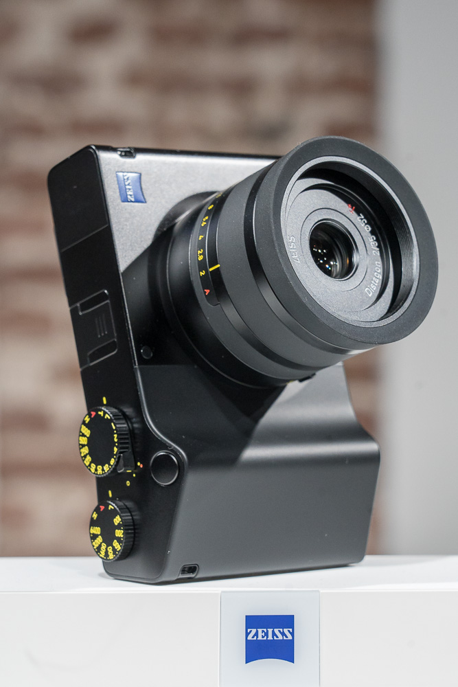 Zeiss ZX1 live 3