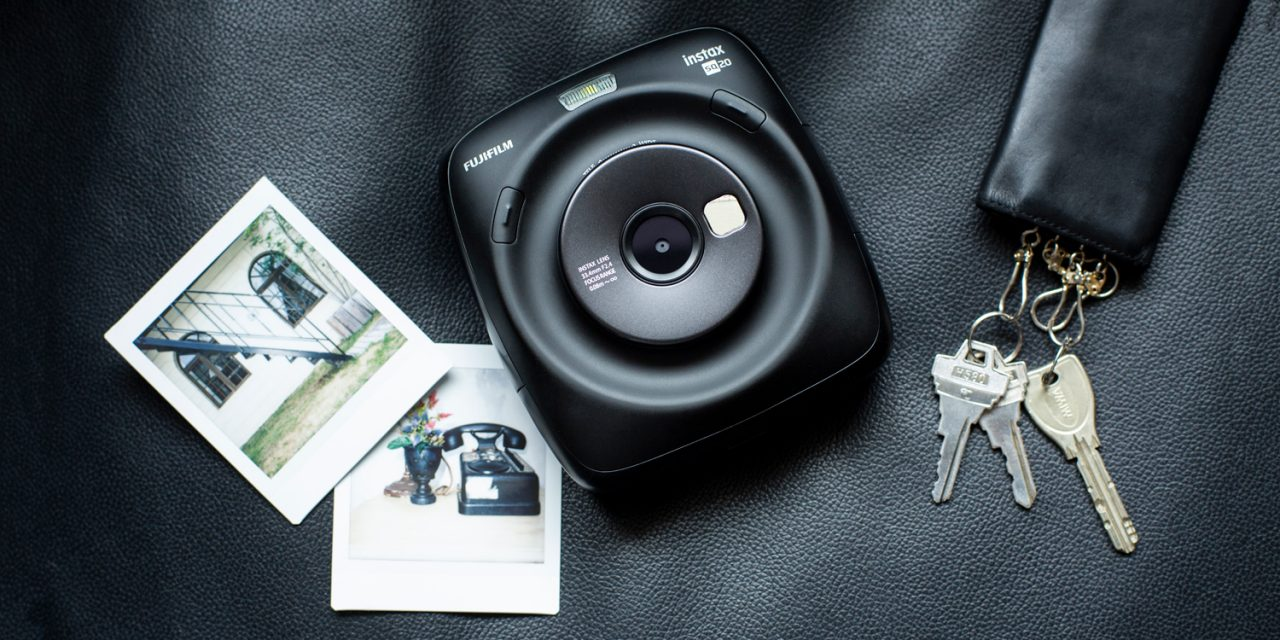 Fujifilm präsentiert hybride Sofortbildkamera Instax Square SQ20
