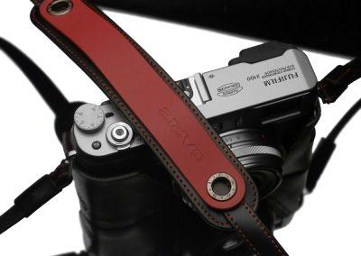 Gariz Kameragurt in rot-schwarz