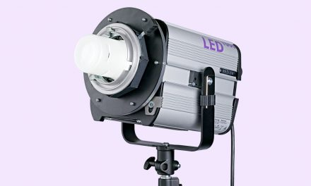 Hensel adaptiert eigene Lichtformer an Systemlicht von Hedler