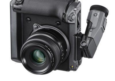 GFX_100_VerticalLeftObl+EVF+GF63mm_EVFUP
