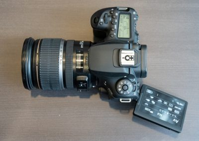Canon EOS 90D-1