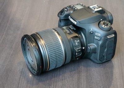Canon EOS 90D-4