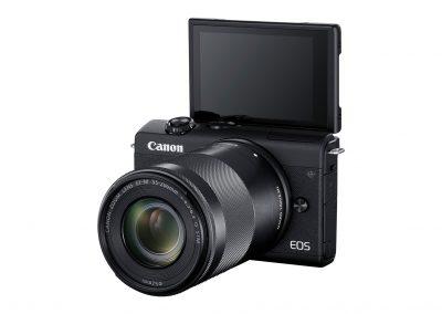 29_Canon-EOS-M200_FrontSlantLeft_EF-M55-200mmF4.5-6.3ISSTMBlack.jpg