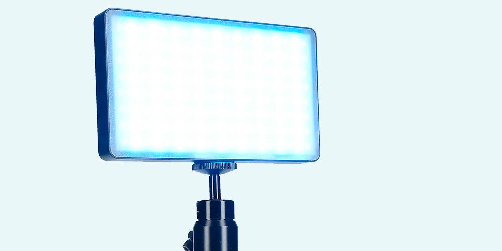 """Rollei präsentiert LED-Licht """"Lumen Pocket RGB"""""""