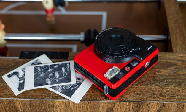 Leica Sofortbildkamera ist jetzt auch in Rot zu haben