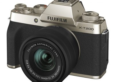 FUJIFILM X-T200_XC15-45_champagneGold