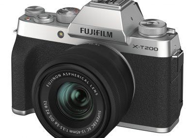 FUJIFILM X-T200_XC15-45_silver
