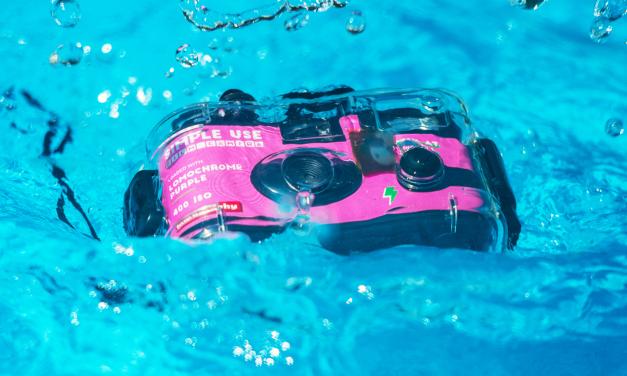 Lomography bringt günstige analoge Unterwasserkamera Analogue Aqua