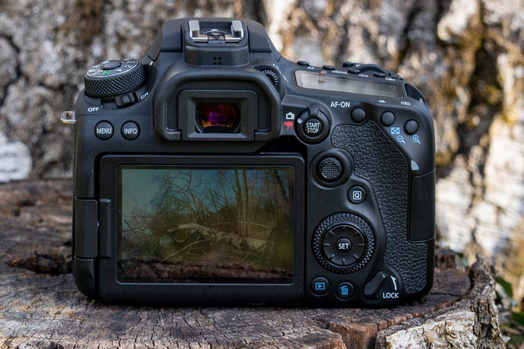 Canon EOS 90D Back