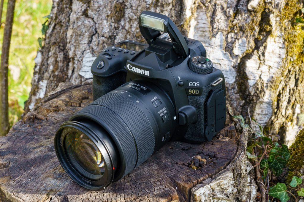 Canon EOS 90D Bordblitz