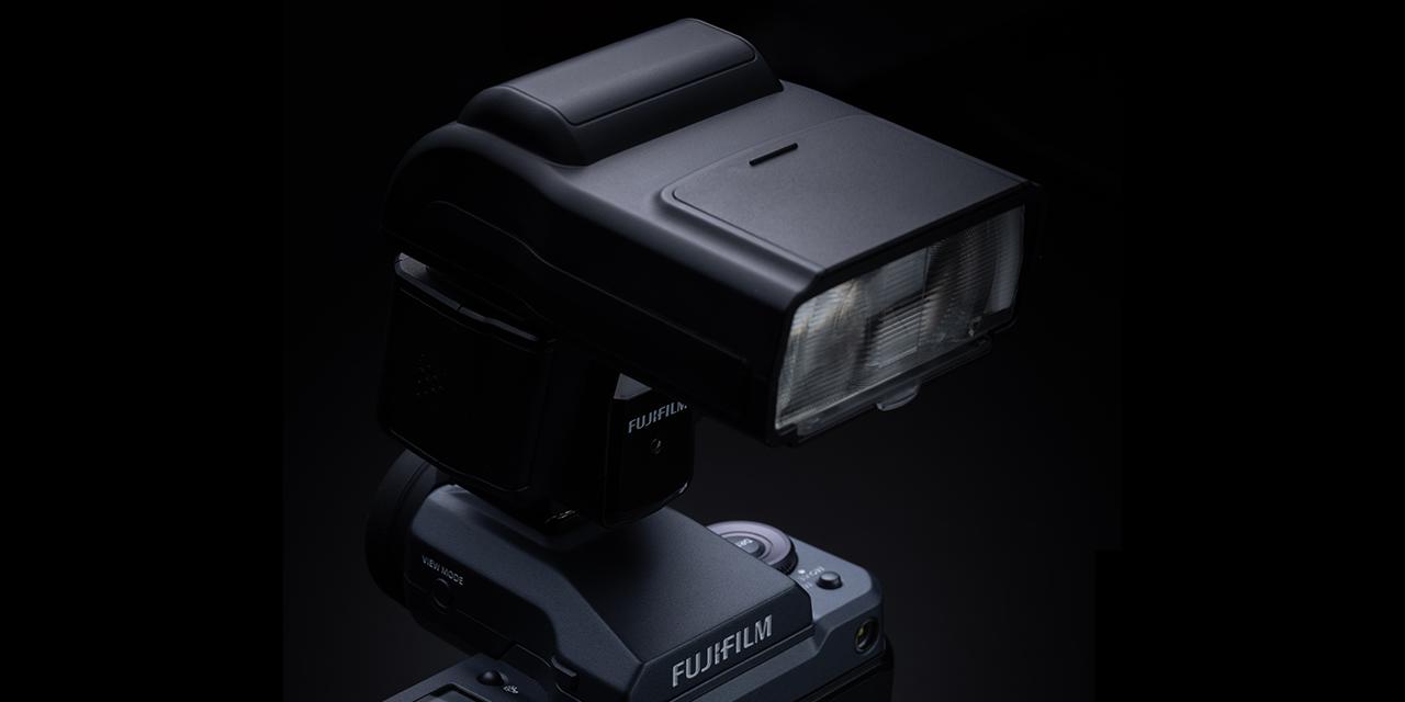 Neu von Fujifilm: Aufsteckblitz EF-60 und Funkauslöser EF-W1