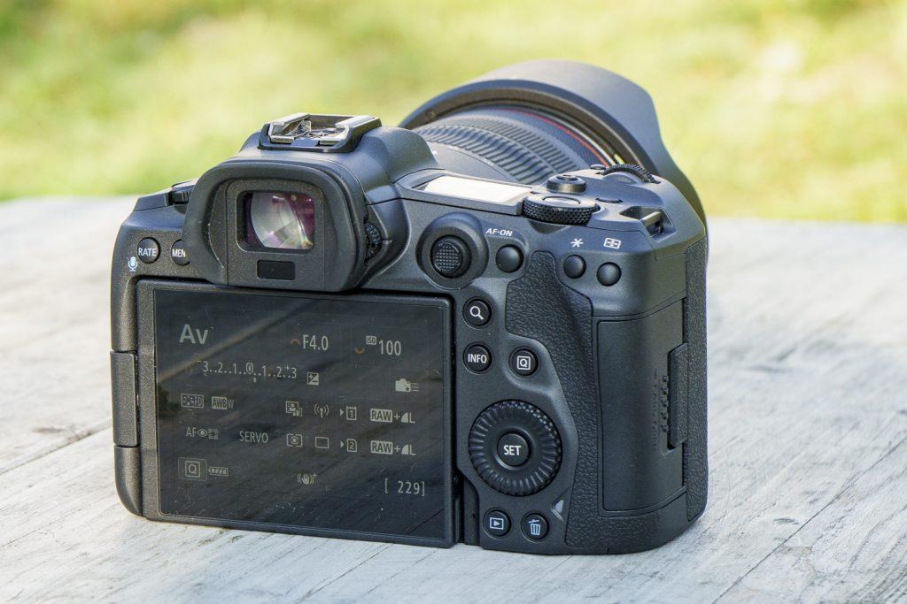 Canon EOS R5 Back