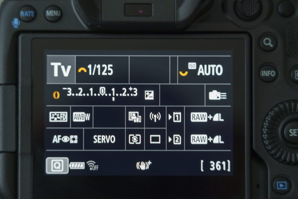 EOS R5 Touchscreen