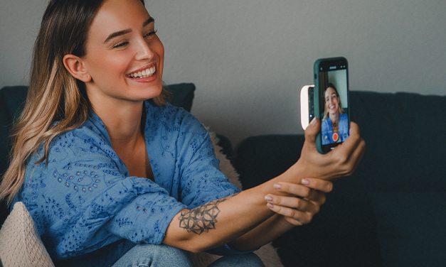 Lumen Square: Rollei bringt handliches Dauerlicht für Smartphones