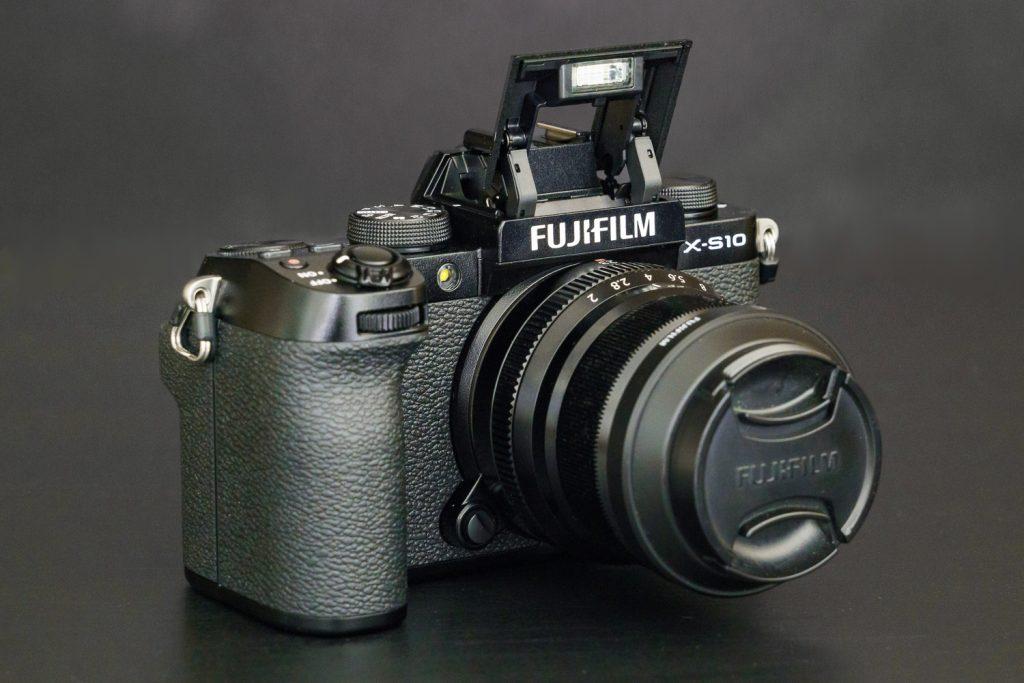 Fuji_X-S10-1