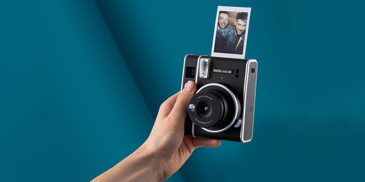 Neu von Fujifilm: Sofortbildkamera instax mini 40 für Einsteiger