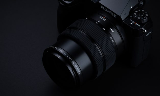Fujifilm GF 35-70mm F4.5-5.6 WR: Leichtes und kompaktes Zweifach-Zoom für Mittelformat